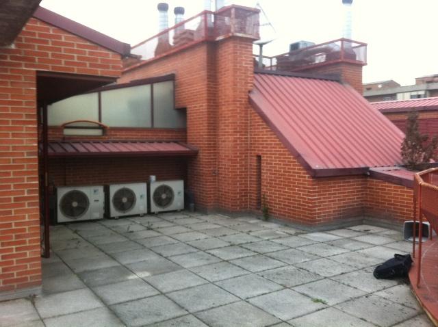 C sped artificial en terraza dudas - Poner cesped artificial en terraza ...